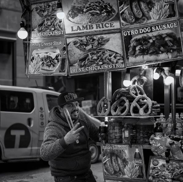 Gyro-man, New York - street photography by Celia Ruiz de Castilla